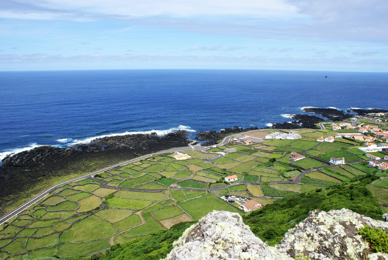home Home Vigia da Baleia Faj   Grande ilha das Flores 4 Arquivo de Villa Maria ilha Terceira A  ores C  pia